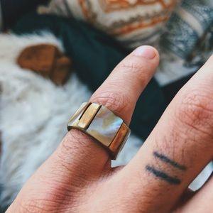 Jewelry - Gold Iridescent Ring